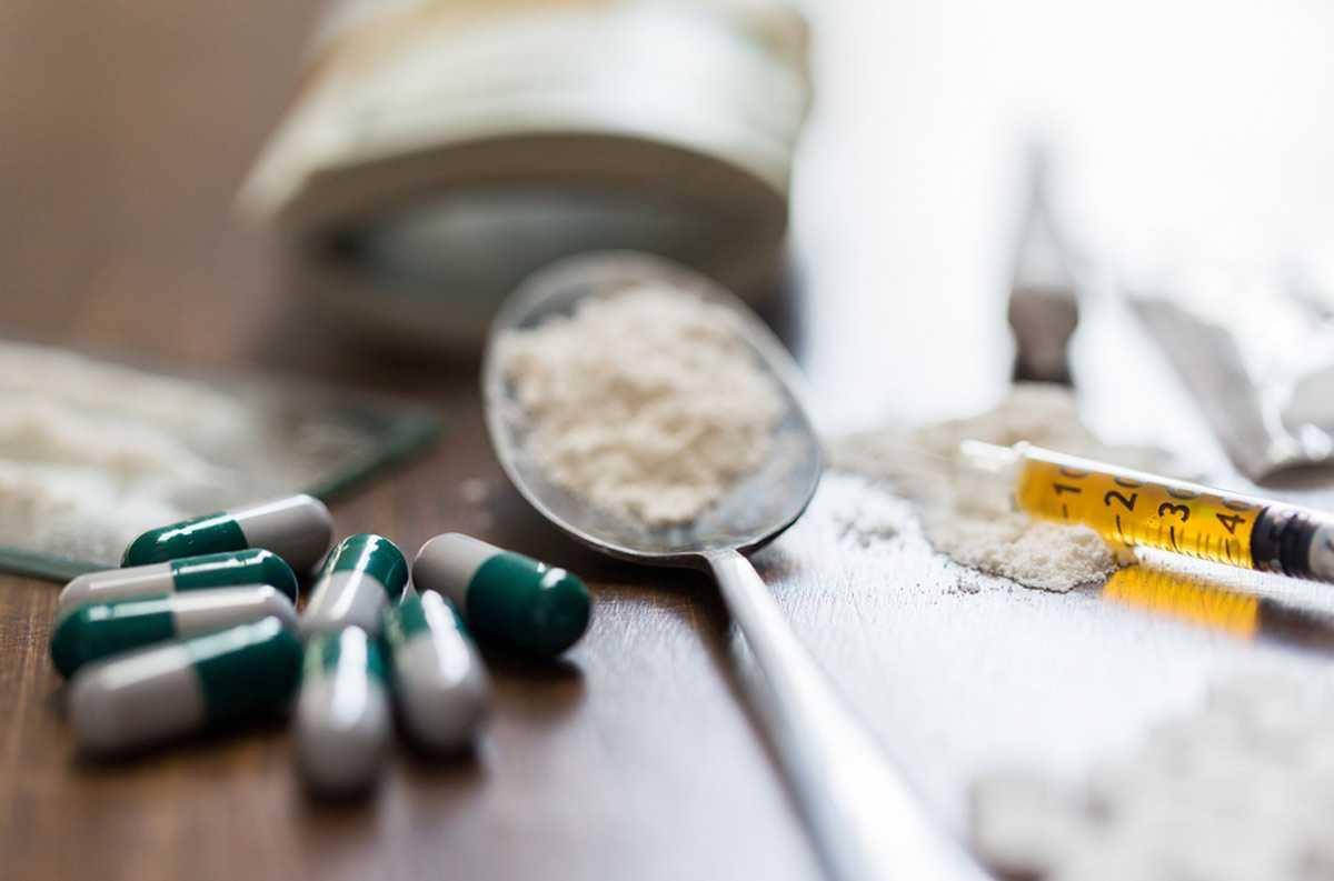 вылечить наркомана в Сальске